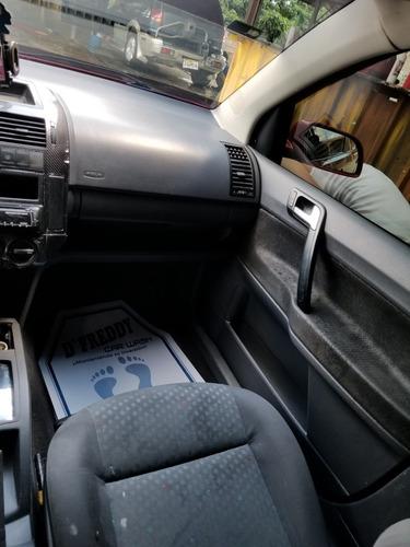 volkswagen polo sedan 4 puertas