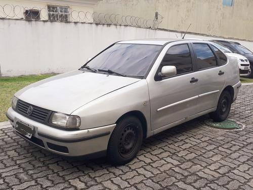 volkswagen polo sedan classic 1.8