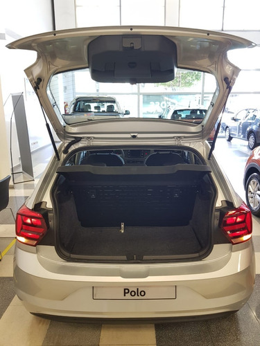 volkswagen polo trendline 1.6 manual  ft