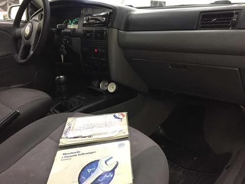 volkswagen santana 2.0 4p 2001