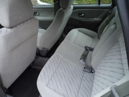 volkswagen santana 2.0 confortline raridade ún.dono 2003