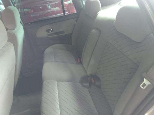 volkswagen santana 2.0 prata 2005