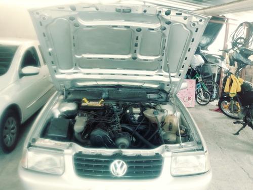 volkswagen santana cl 2.0 gasolina 4 p