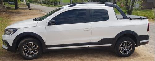 volkswagen saveiro 1.6 cross gp cd 110cv 2018