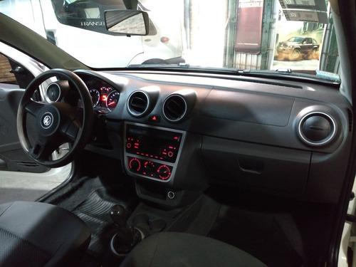 volkswagen saveiro 1.6 gp ce 101cv safety + pack high 2014