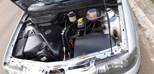 volkswagen saveiro 1.8 summer 2p