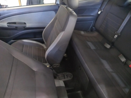 volkswagen saveiro cabina doble comfortline 2020 10