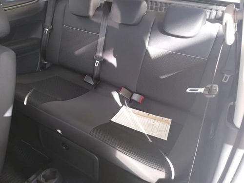 volkswagen saveiro cabina doble comfortline 2020 13