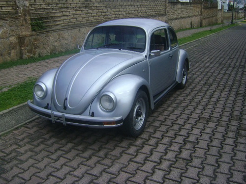 volkswagen sedan  2003
