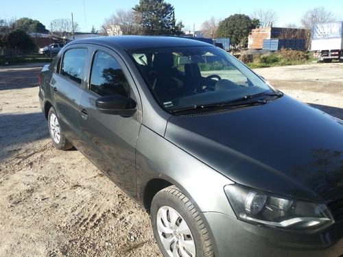 volkswagen sedan 4 puertas 1.6 -año 2014