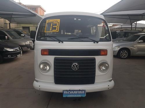 volkswagen standard 1.4 2013 std 9 lugares