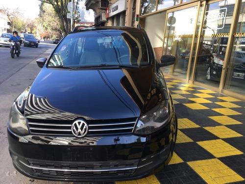 volkswagen suran 1.6 2012 comfortline gnc negro excelente