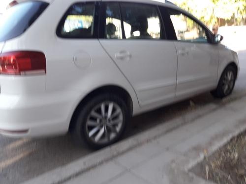 volkswagen - suran 1.6 5d 156- año 2015