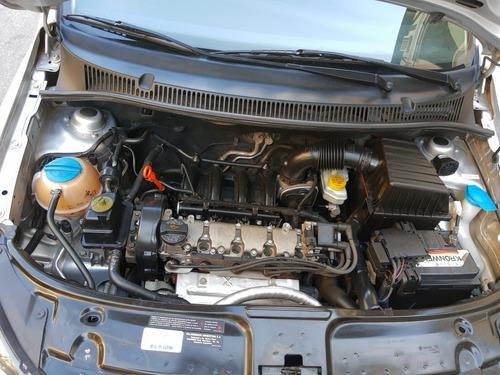 volkswagen suran 1.6 comfortline 101cv 11a 2012