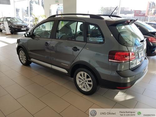 volkswagen suran 1.6 comfortline 101cv 2018 gris 0km