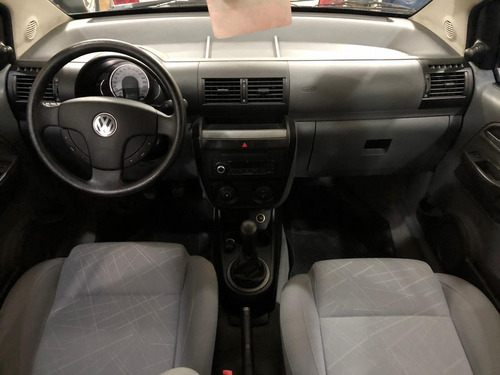 volkswagen suran 1.6 comfortline plus  2010 pro seven!!