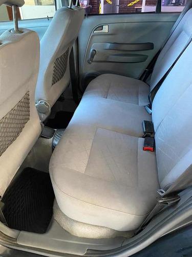 volkswagen suran 1.6 i comfortline 90a 2009