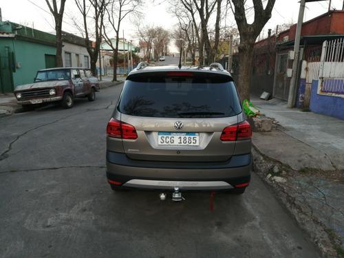 volkswagen suran cross 1.6 110 hp 2017 45000 km