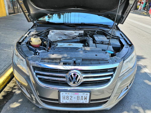 volkswagen tiguan 2.0 track & fun at
