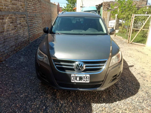 volkswagen tiguan 2.0 tsi exclusive mt 2011