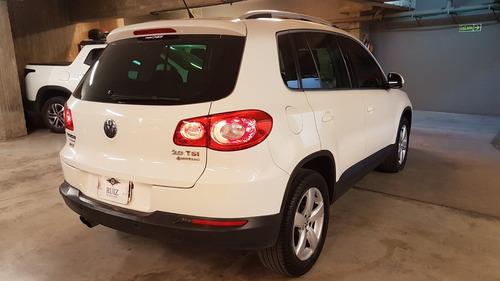 volkswagen tiguan  2.0 tsi exclusive tipt  2011