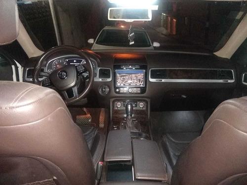 volkswagen touareg 3.6 v6 a-v8 paq multimedia at 2013
