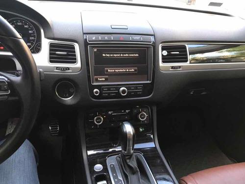 volkswagen touareg 4.2 v8 fsi at 2016