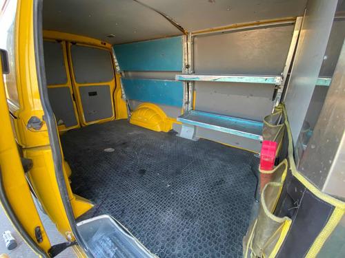 volkswagen transporter 2.0 cargo mt 2014