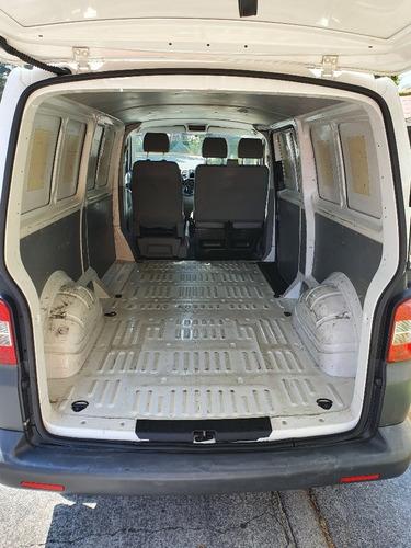 volkswagen transporter cargo 2012