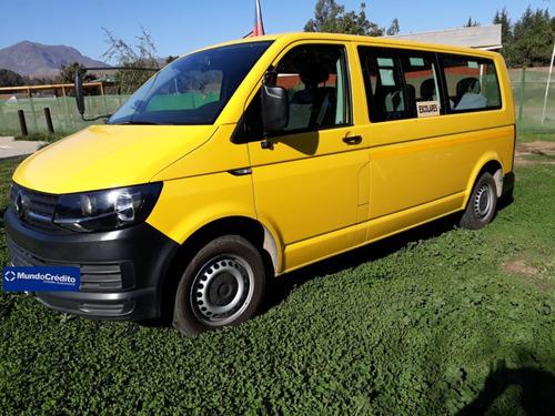 volkswagen transporter kombi 2.0 17 escolares 2017