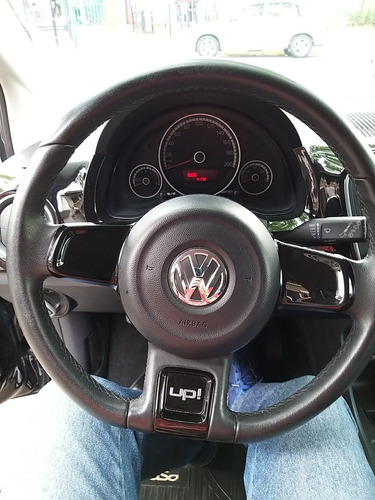 volkswagen up! 1.0 black up! 75cv 2015