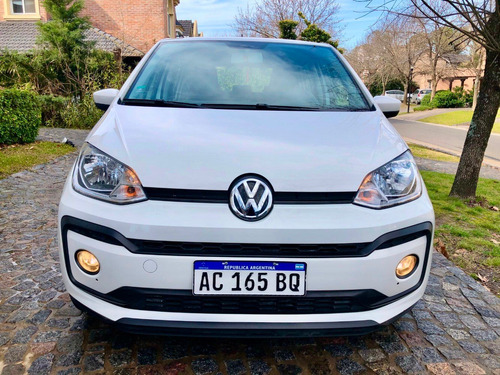volkswagen up! 1.0 move up! año 2018 - 33.0 km - en garantia
