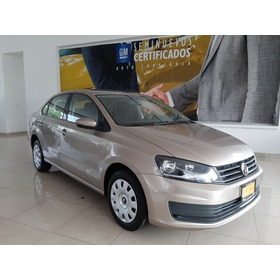 Volkswagen Vento  4p Starline At A/ac. Mp3 R-15