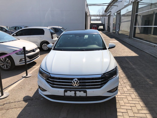 volkswagen vento 1.4 highline 150cv at cm.