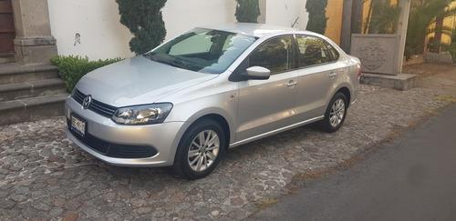 volkswagen vento 1.6 active mt 2014