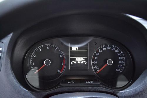 volkswagen vento 1.6 comfortline at // 46,199 km // 033220