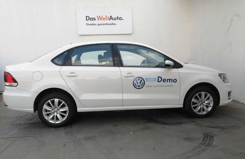 volkswagen vento 1.6 confortline at 2020