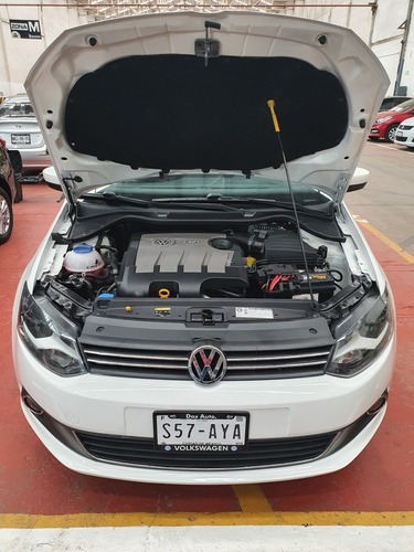 volkswagen vento 1.6 highline mt 2015