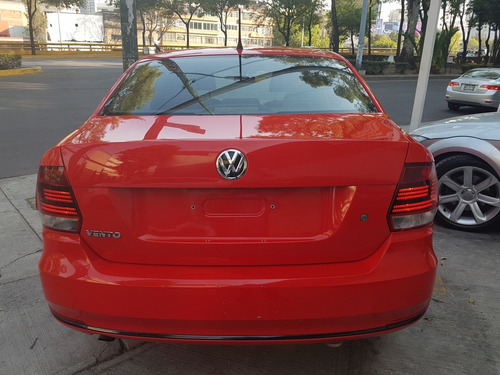 volkswagen vento 1.6 starline at 2016 rojo $138,000.00