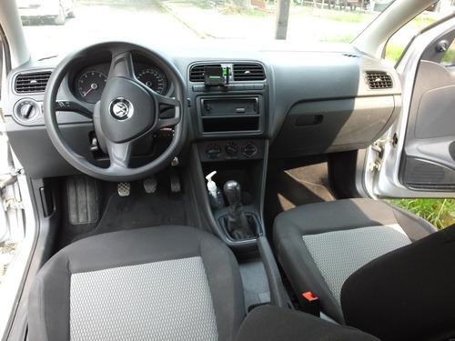 volkswagen vento 1.6 starline mt 2015