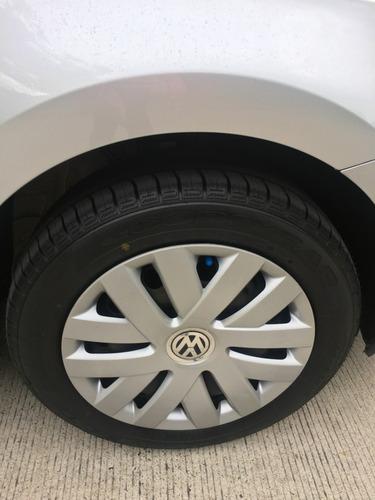 volkswagen vento 1.6 starline, servicio agencia, único dueño