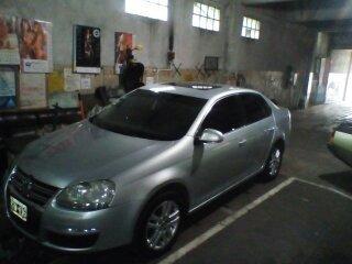 volkswagen vento 1.9 i luxury 2009