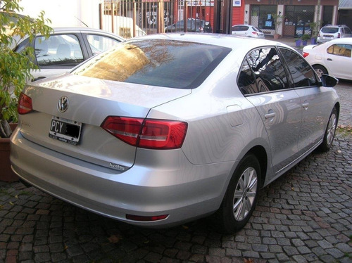 volkswagen vento 2.0 advance 2015