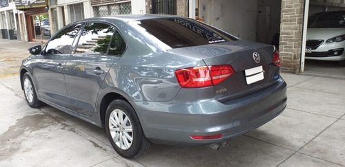 volkswagen vento 2.0 advance summer package año 2015