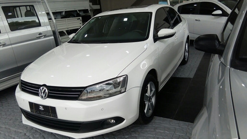 volkswagen vento 2.0 luxury i 140cv dsg