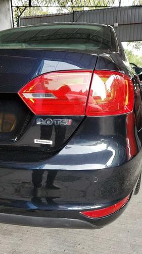 volkswagen vento 2.0 sportline tsi 200cv 2011 - juan manuel