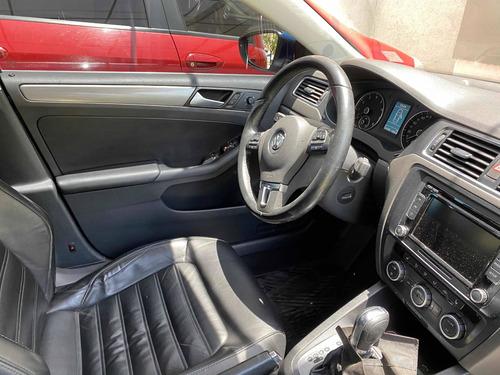 volkswagen vento 2.0 sportline tsi 200cv bi-xenon dsg 2014