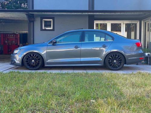 volkswagen vento 2.0 sportline tsi 200cv bi-xenon dsg 2015