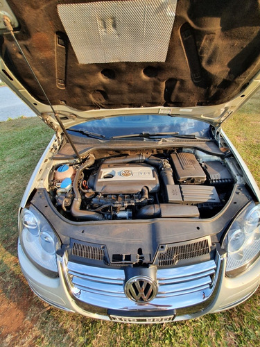 volkswagen vento 2.0 t fsi elegance dsg 2010