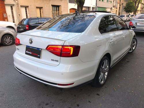 volkswagen vento 2.0 tsi i 2017 i permuto i financio